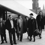 11-Bienal-de-grabado-Berlin-1983.-Foto-con-Santos-Chavez.jpg