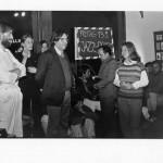 16-Exposicion-Visuelle-Poesie-in-der-DDR-Kultur-Schaffenden-Berlin-1988.-Los-artistas-Guillermo-Deisler-y-Karla-Sachse-entre-otros.jpg